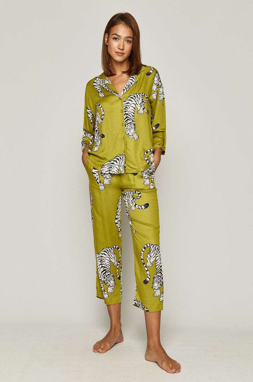 пижама Medicine