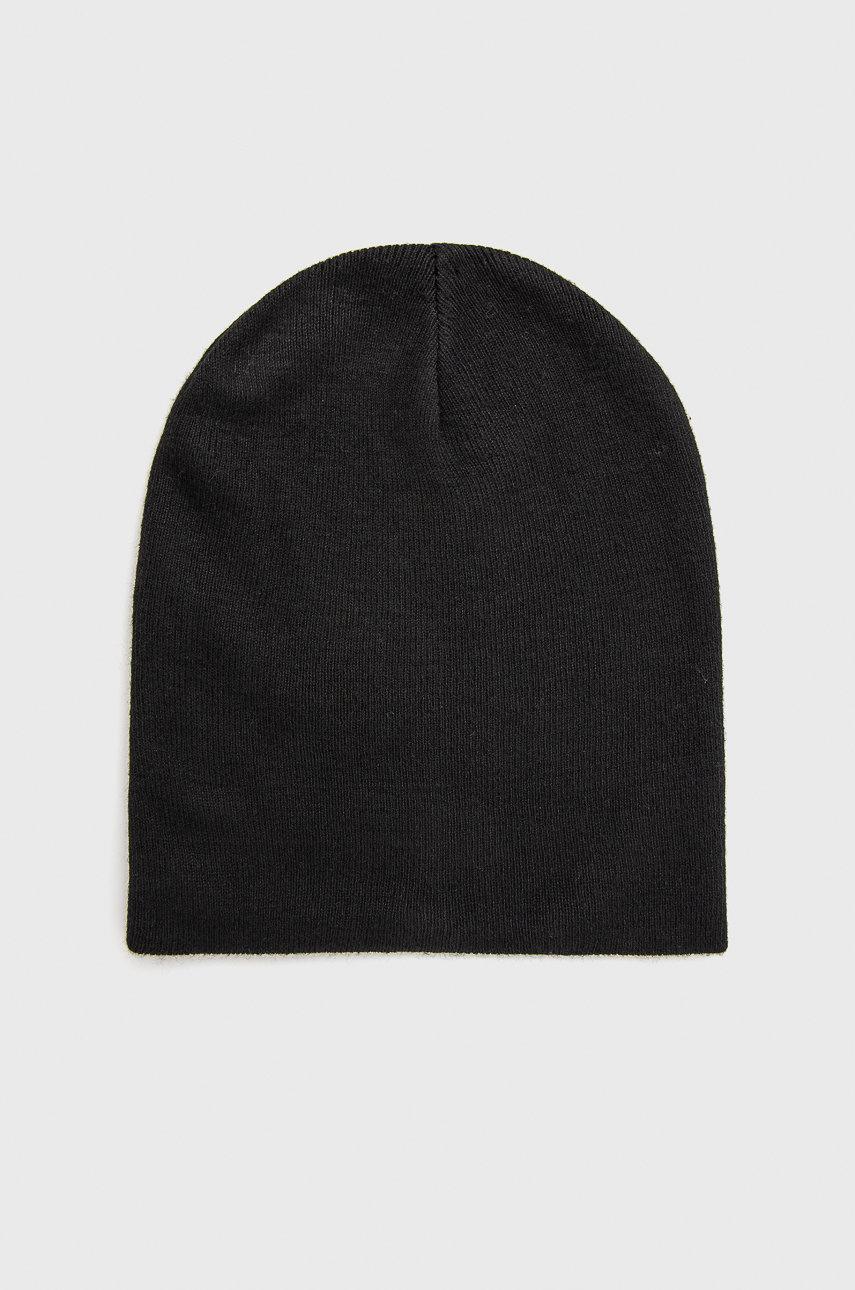 шапка Medicine